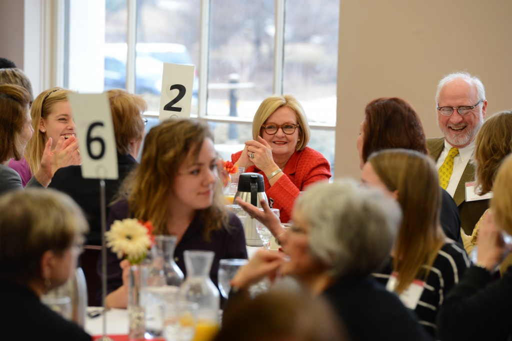 Sen. McCaskill enjoys brunch and conversation before her public lecture at noon in the Sun Room.