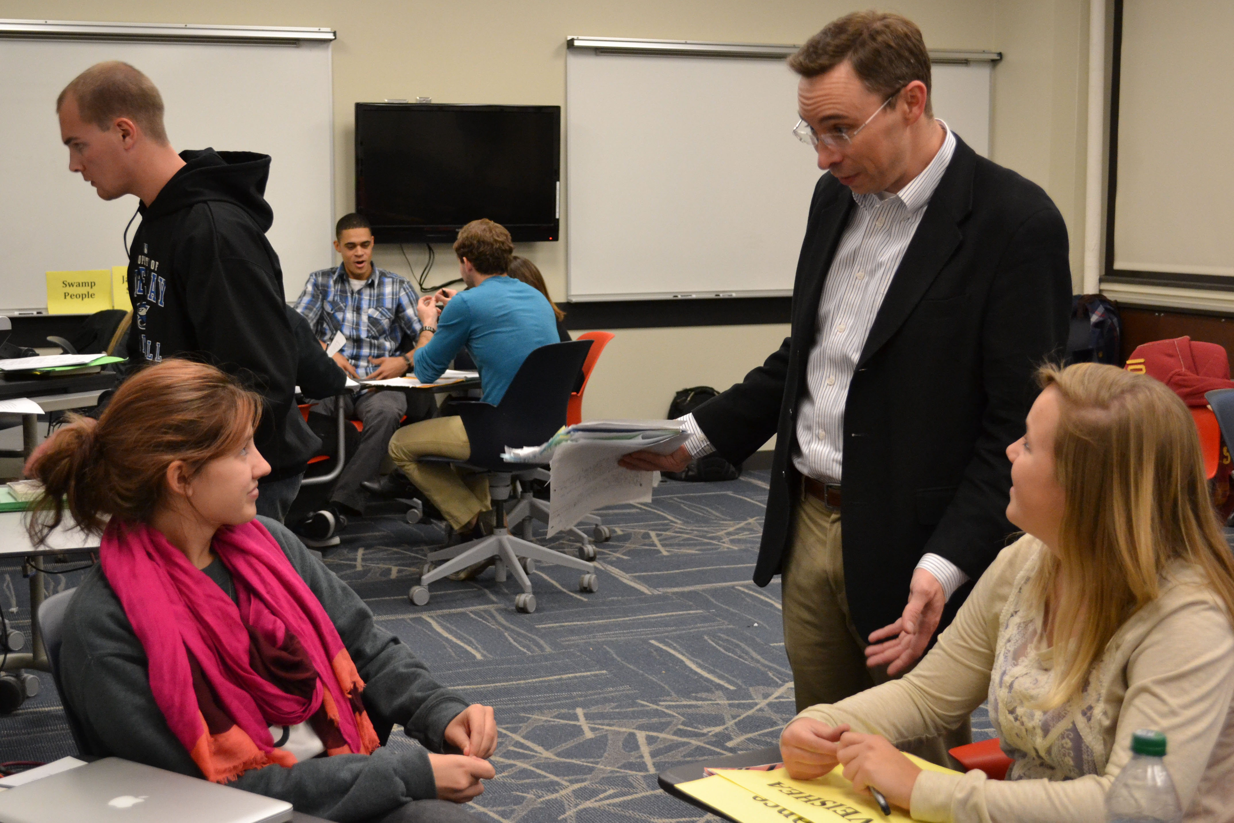 LAS 322 students discuss leadership styles with instructor Clint Stephens.