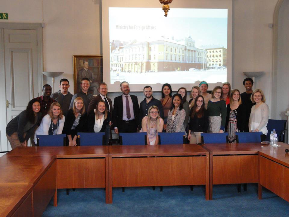 Iowa State students met at the Ministry of Foreign Affairs with the political consultant to the minister.