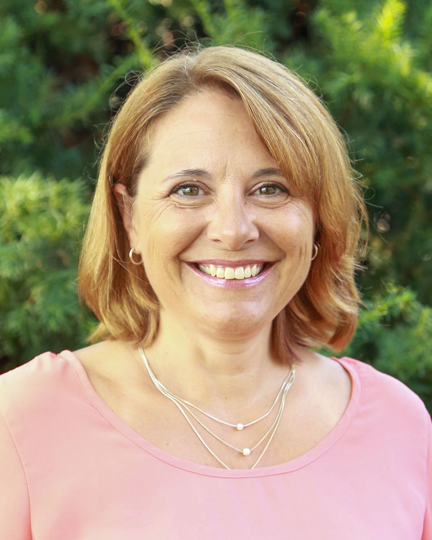 Senior Lecturer Sherry Berghefer