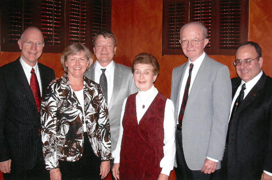 Brian Cooper (2007 Chamberlin/INF Fellow), Sandy Johnson (2007 Chamberlin Lecture copresenter), Chuck Raasch (2007 Chamberlin Lecture copresenter), Margy Chamberlin, Gene Chamberlin and Michael Bugeja.