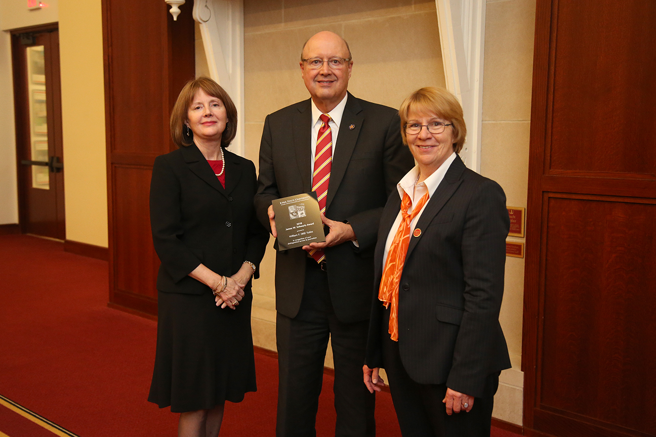 Bill Tubbs, 2018 James W. Schwartz Award recipient, pictured with Greenlee School Director Angela Powers (left) and Dean Beate Schmittmann (right)