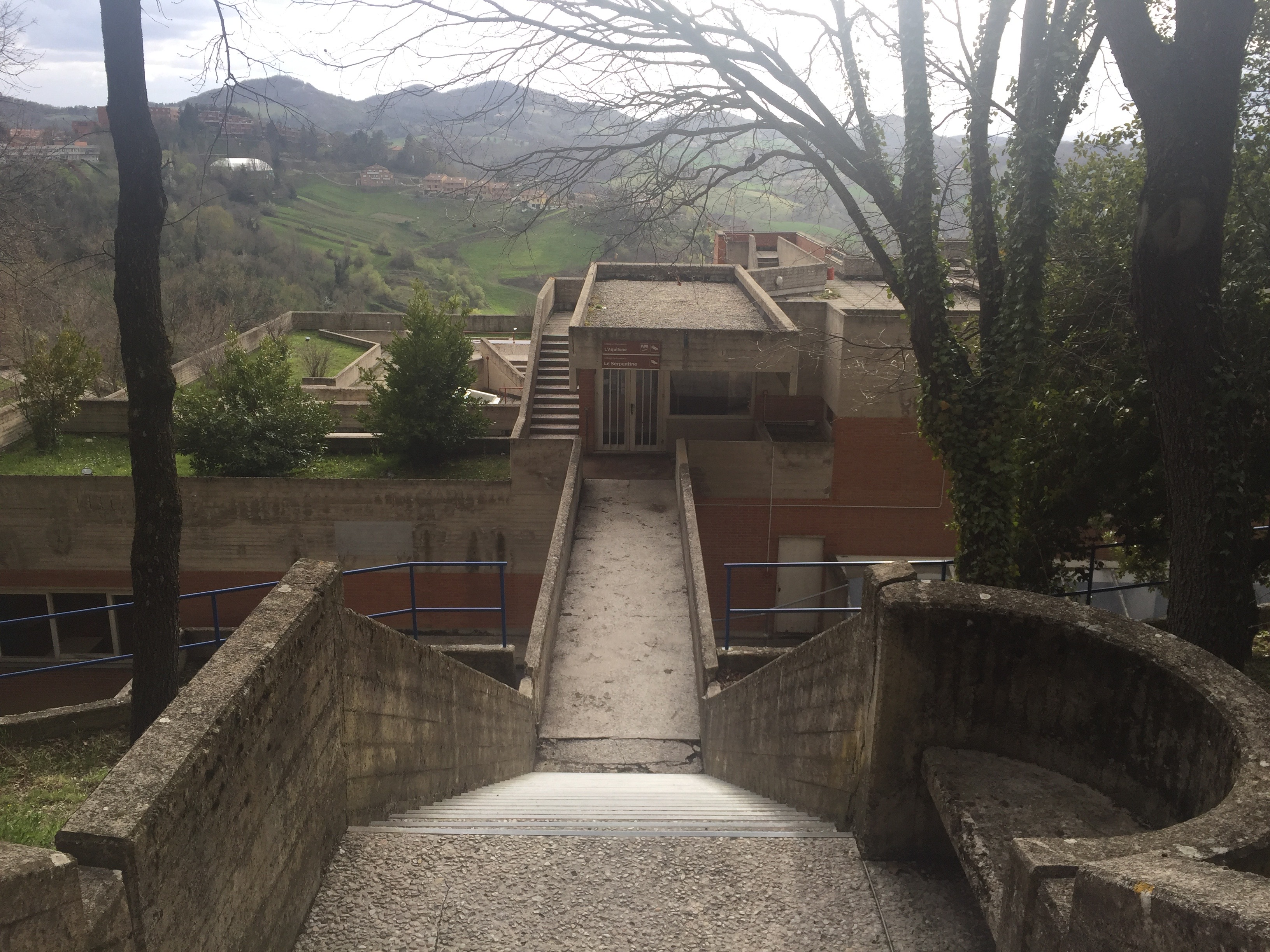The path from Il Colle takes you to Aquilone, where one of the two laundry rooms of Collegio del Colle is located. Photo by Bridget Hepworth
