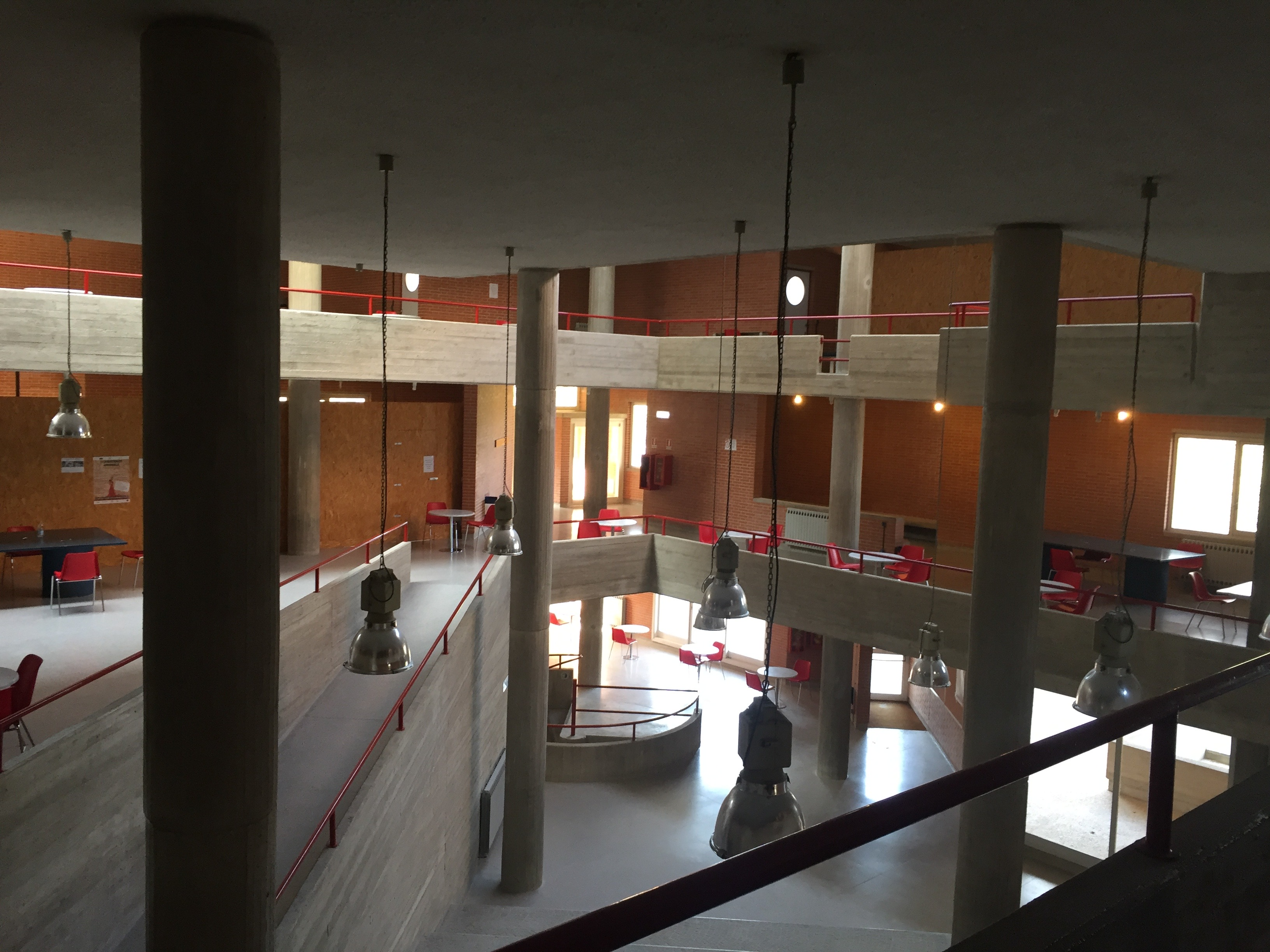 Giancarlo De Carlo originally designed this space in Aquilone for social atmospheres, but is mainly used for studying. Photo by Bridget Hepworth