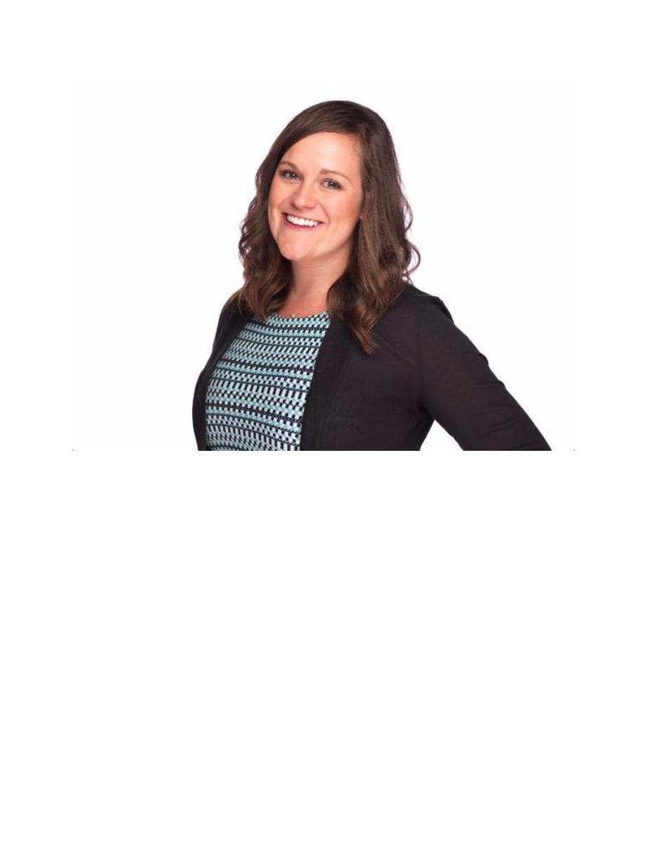 Amy Dziewiontkoski headshot