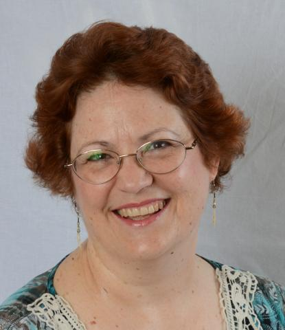 Doris Nash headshot