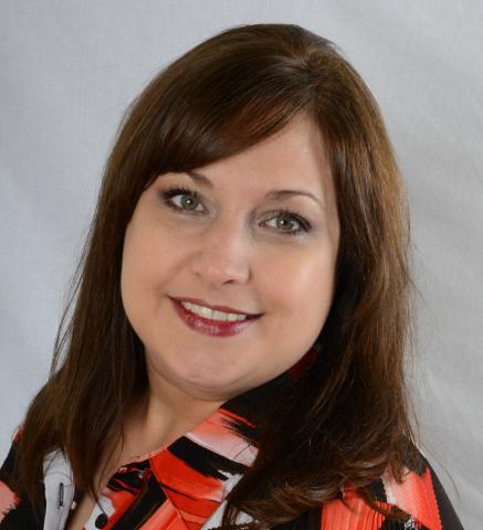 Kelly Schaefer headshot