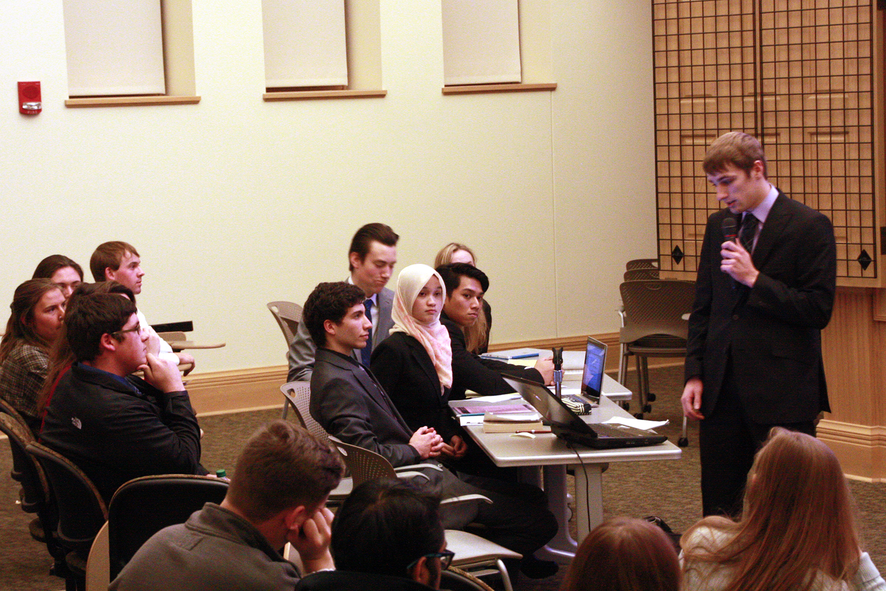 Student participants represent both parties in the mock trial, based on an actual 1986 trial.