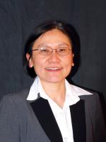 A portrait photo of Wallapak Tavanapong.