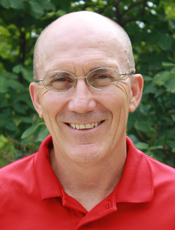 A headshot of Dave Swenson.