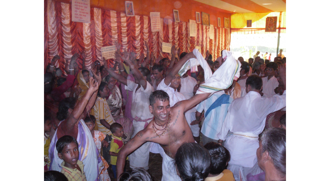 From Dr. Travis Chilcott's research on Hindu devotional traditions, which involves photo-documenting devotional ecstasy in rural India.