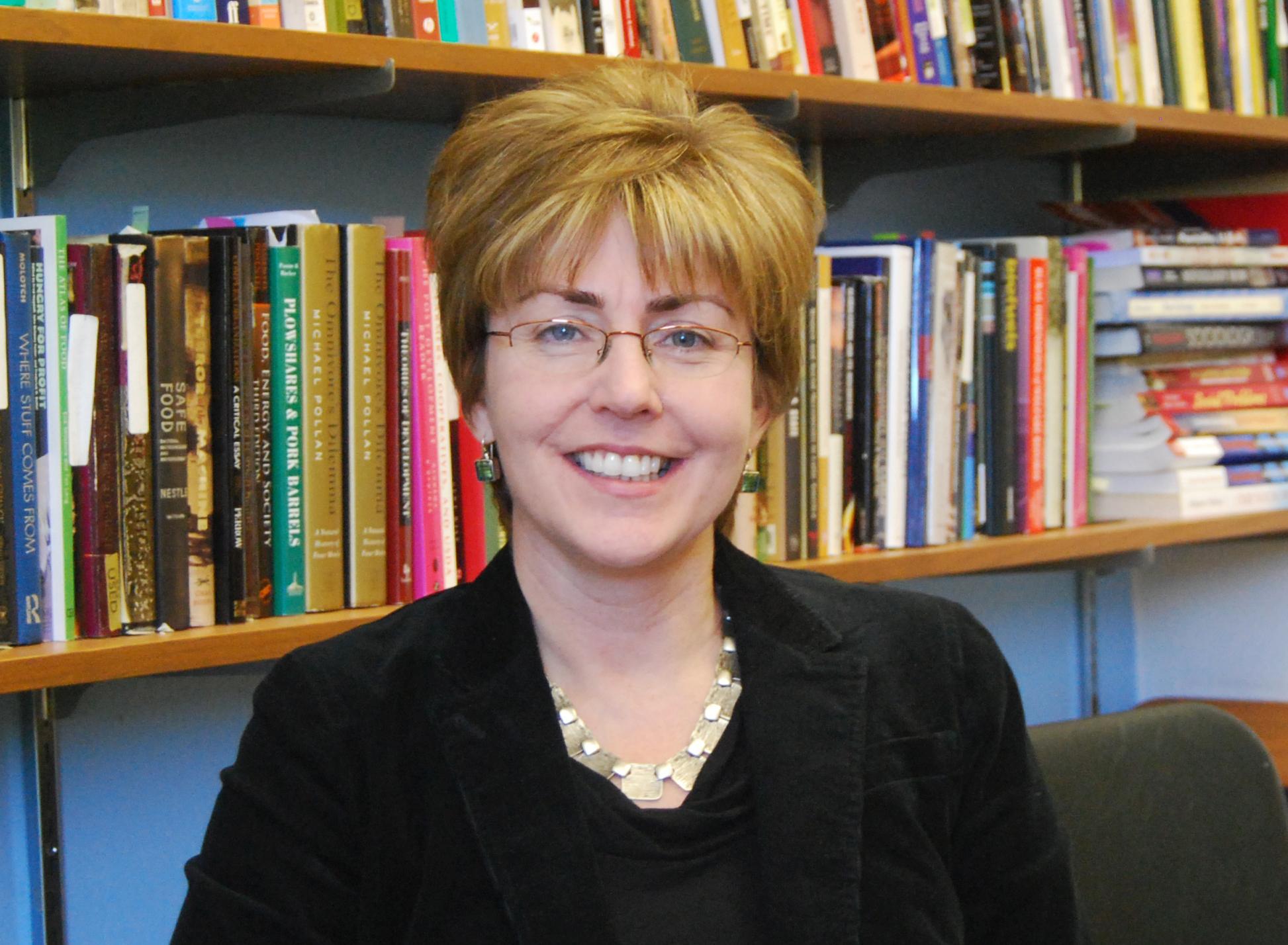 Dr. Carmen Bain
